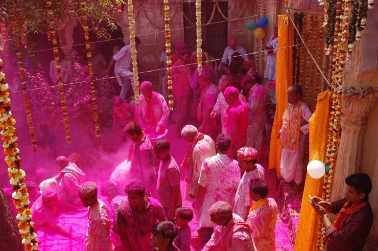 Holi in Udaipur || MoneyTap